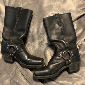 Like NEW Frye Harness Boots